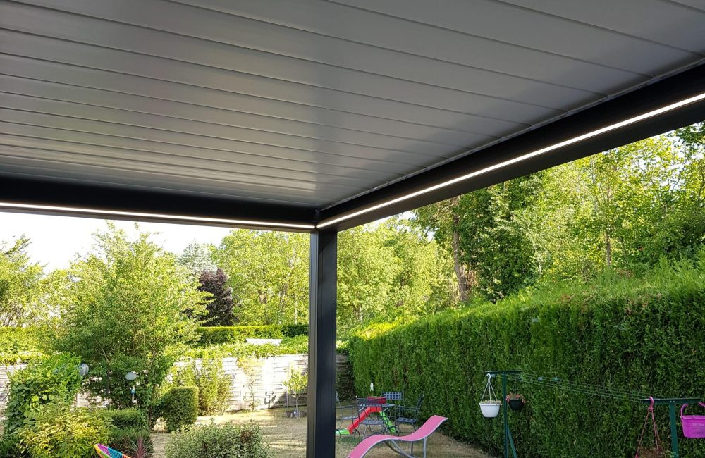 Pergola Lame Bioclimatique 7mx2,5m option Led périphérique